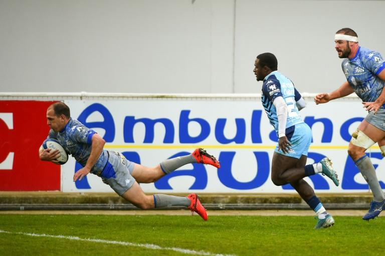 Castres fly-half Benjamin Urdapilleta scored 33 points against Montpellier, a new record for the Top 14