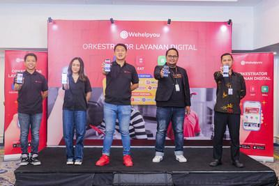Wehelpyou Digital Orchestrator press conference - June 4, 2021. From left to right: Ryo Limijaya, Chief Commercial Wehelpyou;  Almiranti Fira, Online Business Owner;  Muhamad Noor Sutrisno, CEO & Founder Wehelpyou;  Andreas Sugian, Lalamove Business Development Manager;  Rudi Cahyadi, Marketing Communication Manager TIKI.