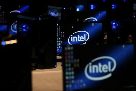 The Intel logo is displayed on computer screens at SIGGRAPH 2017 in Los Angeles, California, U.S. July 31, 2017. REUTERS/Mike Blake