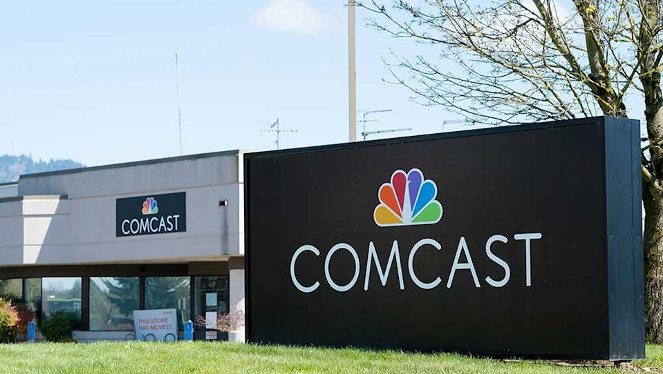 Comcast Earnings, Revenue Fall Amid Weak NBCU Results But Top Expectations