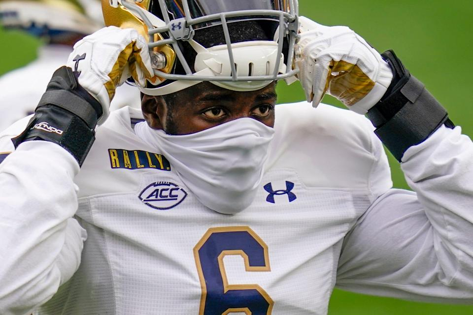 A mask can't hide the talent of Notre Dame rover Jeremiah Owusu-Koramoah.