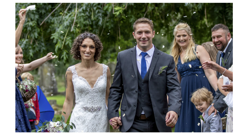 Newlyweds Alex and Dan Lilley saved £15,000 on their special day (SWNS)