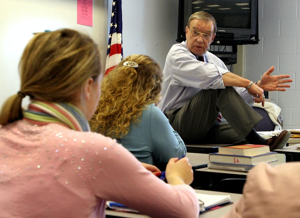 Teacher Bill Rhatican's class in his Advanced Placement US and Virginia government class at West Potomac High School in Alexandria, Virginia. (Photo: Rich Lipski/The Washington Post/Getty Images)