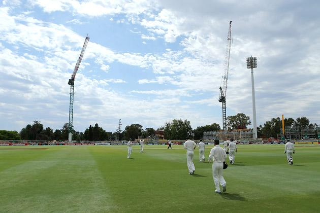 Australian players take to the field before the start of play during day five of the Second Test Match between Australia and South Africa at Adelaide Oval on November 26, 2012 in Adelaide, Australia.  (Photo by Morne de Klerk/Getty Images)
