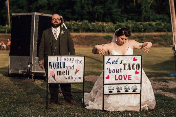 PHOTO: Rachel Borwegen and Andrew Jaworski wed in June 2020 in Belvidere, New Jersey. The party, photographed by Abigail Gingerale photography, included 90 guests and a drive-in movie during COVID-19. (Abigail Gingerale Photography)