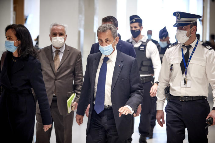 PARIS, FRANCE - MARCH 01: Former French President Nicolas Sarkozy arrives at court for the verdict of his trial for corruption and influence-peddling on March 01, 2021 in Paris, France. Mr. Sarkozy is only the second French president to appear in court in modern times, after the conviction of former President Jacques Chirac in 2011. Prosecutors allege he and a co-defendant tried to bribe a magistrate in relation to a separate investigation into his party finances and are seeking a four year prison sentence.  (Photo by Kiran Ridley/Getty Images)