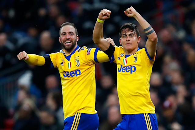Gonzalo Higuain and Paulo Dybala celebrate