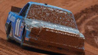 NASCAR Camping World Truck Series Pinty's Truck Race on Dirt Qualifying