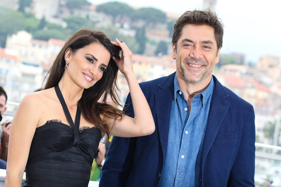 CANNES, FRANCE - MAY 09: Penelope Cruz and Javier Bardem attend the photocall for