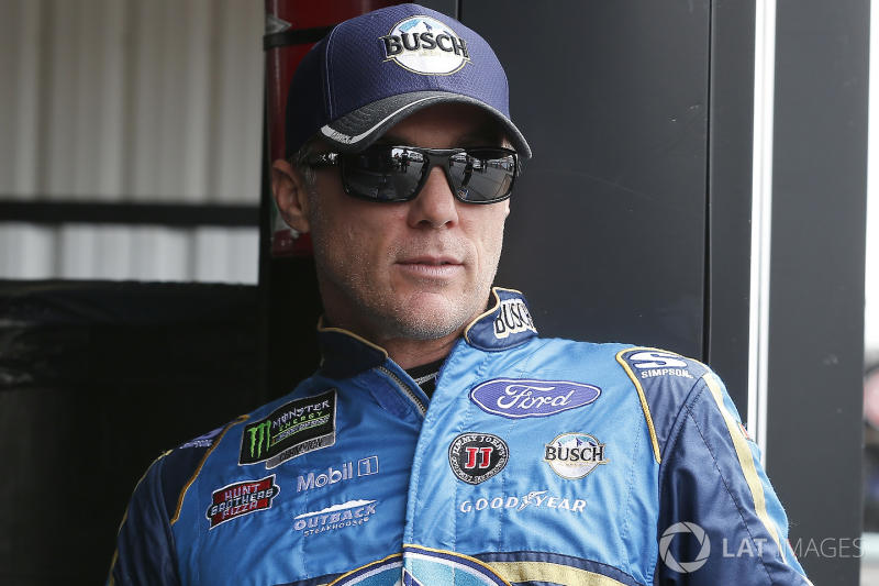 Harvick wins Stage 2 at Michigan; Truex runs out of fuel