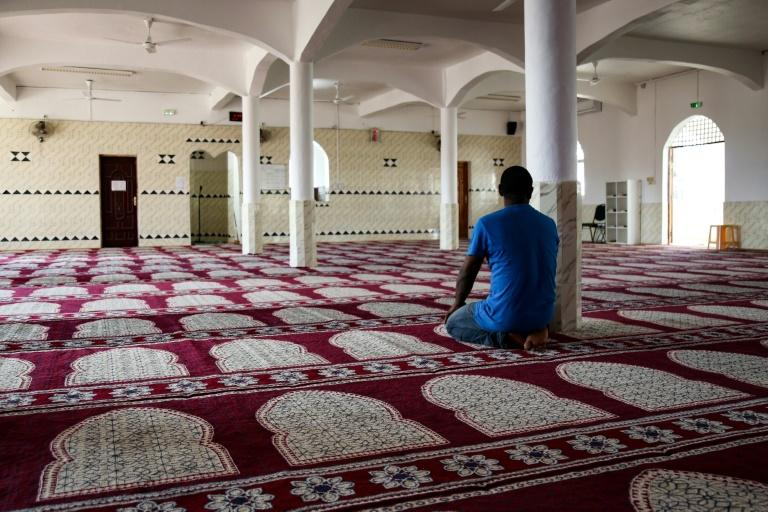 The building, perched on an Indian Ocean island whose population is 95 percent Muslim, is the oldest working mosque in France
