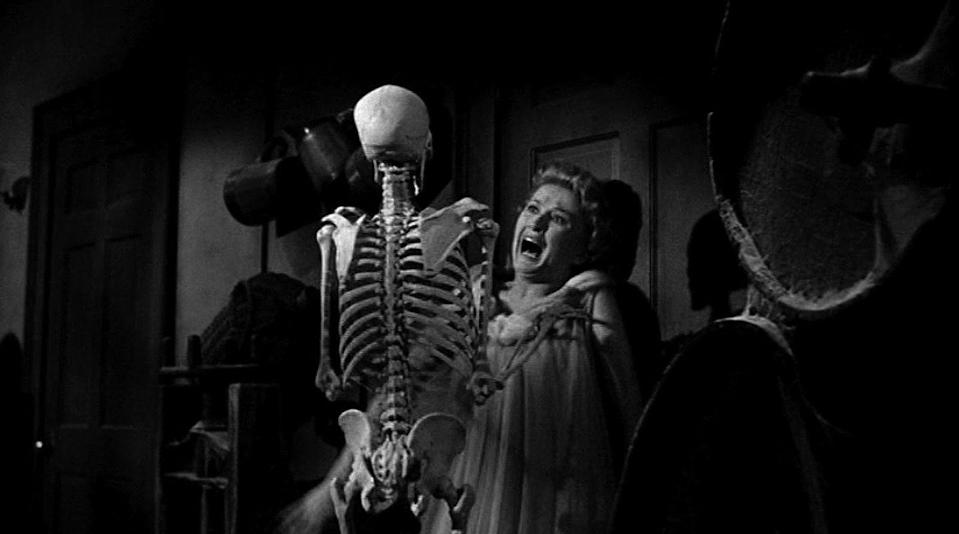"""<p><em><strong>House on Haunted Hill</strong></em></p><p>A millionaire (Vincent Price) invites a group of people to stay the night in a haunted house — promising a cash prize to whoever makes it the entire time. </p><p><a class=""""link rapid-noclick-resp"""" href=""""https://www.amazon.com/House-Haunted-Hill-Vincent-Price/dp/B077NVPMV2/?tag=syn-yahoo-20&ascsubtag=%5Bartid%7C10055.g.29120903%5Bsrc%7Cyahoo-us"""" rel=""""nofollow noopener"""" target=""""_blank"""" data-ylk=""""slk:WATCH NOW"""">WATCH NOW</a></p>"""