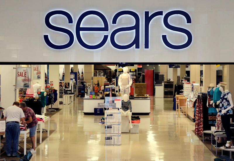 Sears Puts Kenmore, Craftsman Up for Grabs
