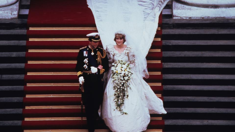 Prince Charles and Princess Diana's wedding day on July 29, 1981 in London, England. (Photo by Anwar Hussein/Getty Images)