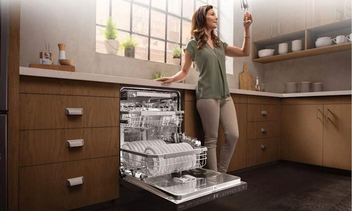 This is the best affordable dishwasher you can buy.