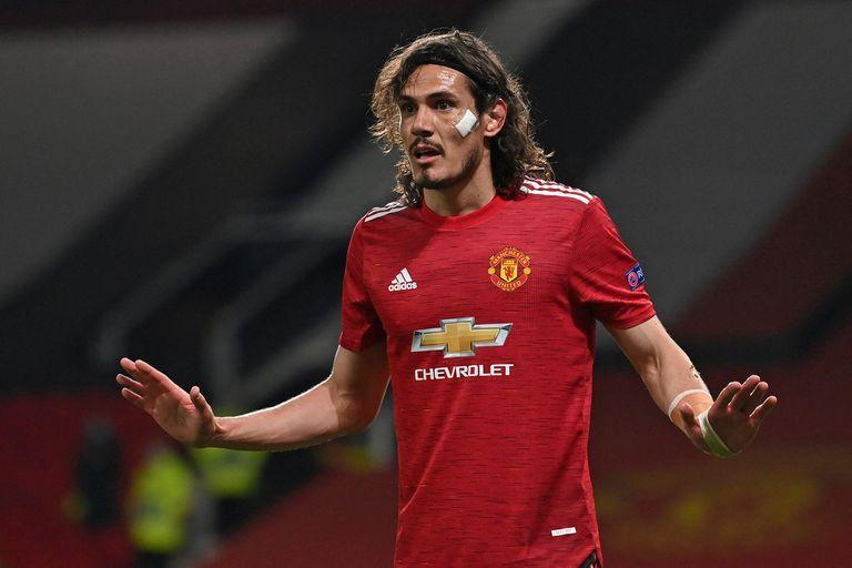 Manchester United's Uruguayan striker Edinson Cavani gestures during the UEFA Europa League semi-final, first leg football match between Manchester United and Roma at Old Trafford stadium in Manchester, north west England, on April 29, 2021. (Photo by Paul ELLIS / AFP)
