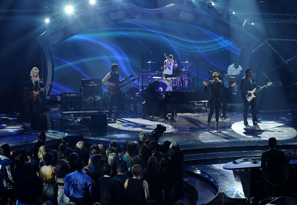 "Mary J. Blige performs with Orianti, Steve Vai, Travis Barker, Ron Fair, and Randy Jackson) on <a href=""/american-idol/show/34934"">""Idol Gives Back.""</a>"