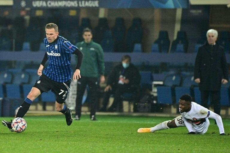 Back to his best: Atalanta's Josip Ilicic (L) scored and had a role in two other goals against Benevento