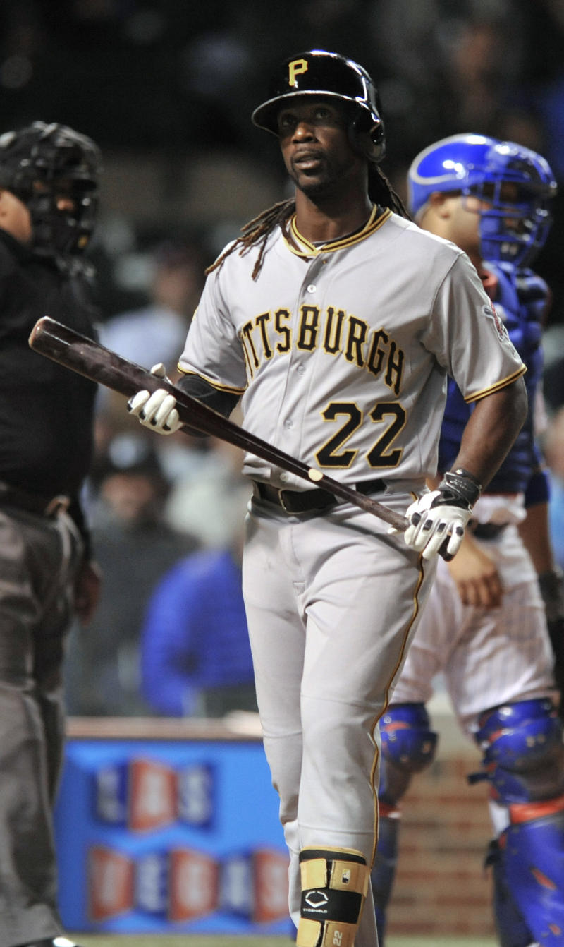 McCutchen back in lineup after ankle discomfort