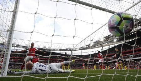 Britain Football Soccer - Arsenal v Manchester City - Premier League - Emirates Stadium - 2/4/17 Arsenal's Shkodran Mustafi scores their second goal past Manchester City's Willy Caballero Reuters / Eddie Keogh Livepic