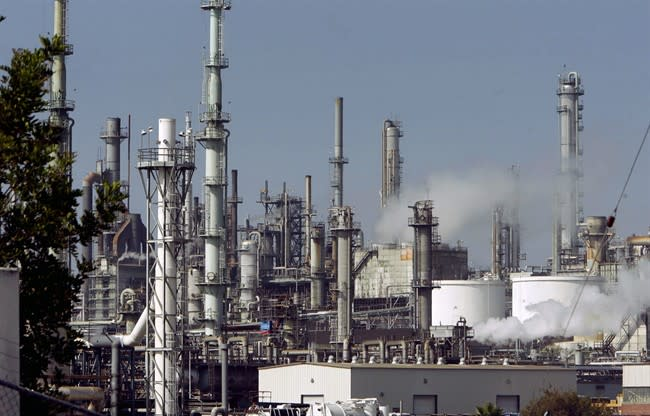 Oil and gas industry pegged as source of dangerous levels of rare winter ozone pollution