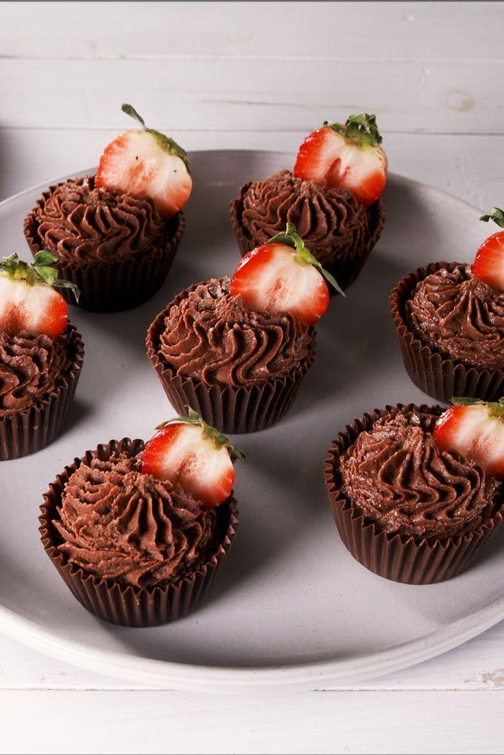 """<p>Chocolate and strawberries go together like peanut butter and jelly. It's a combo we can't get enough of. For this no-bake dessert we made edible cups out of chocolate and filled them with a light and airy chocolate mousse for a decadent dessert.</p><p>Get the <a href=""""http://www.delish.com/uk/cooking/recipes/a32484866/strawberry-chocolate-mousse-cups-recipe/"""" rel=""""nofollow noopener"""" target=""""_blank"""" data-ylk=""""slk:Strawberry Chocolate Mousse Cups"""" class=""""link rapid-noclick-resp"""">Strawberry Chocolate Mousse Cups</a> recipe.</p>"""