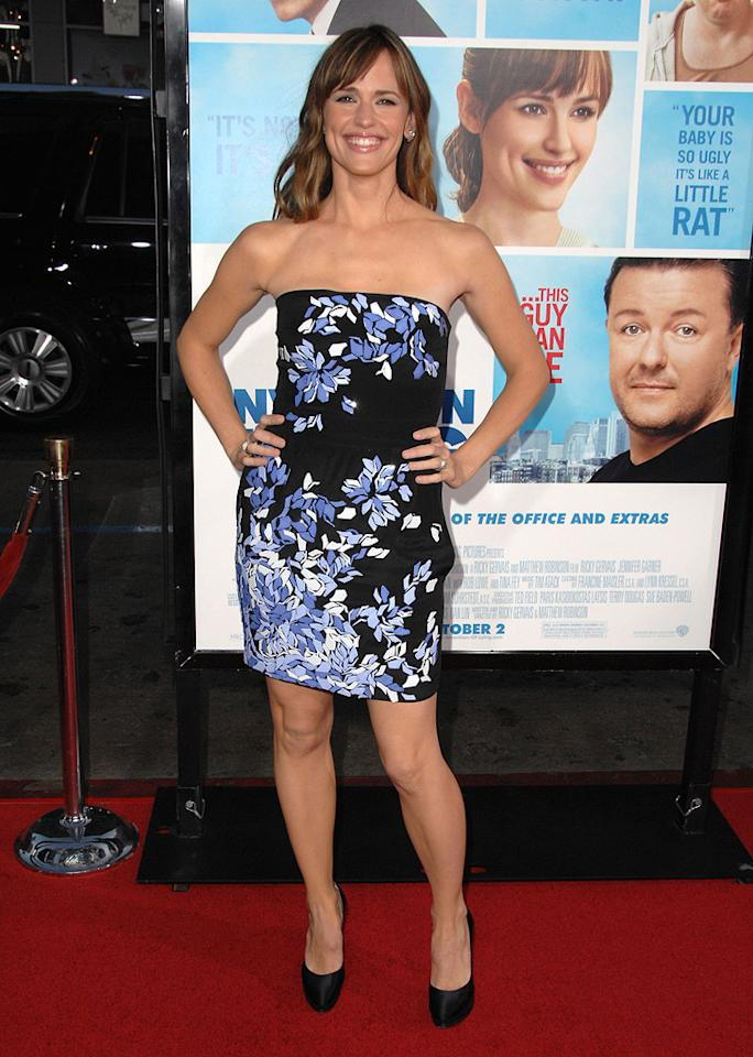 """<a href=""""http://movies.yahoo.com/movie/contributor/1800338890"""">Jennifer Garner</a> at the Los Angeles premiere of <a href=""""http://movies.yahoo.com/movie/1810022054/info"""">The Invention of Lying</a> - 09/21/2009"""