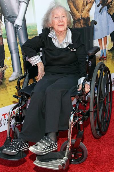 "FILE - In this Sept. 15, 2013 file photo, actress Ruth Duccini arrives at the world premiere of ""Wizard of Oz"" 3D at the TCL Chinese Theatre, in Los Angeles. Ruth Robinson Duccini, one of the original Munchkins from the 1939 movie ""The Wizard of Oz,"" has died, Thursday, Jan. 16, 2014. She was 95. (Photo by Paul A. Hebert/Invision/AP, File)"