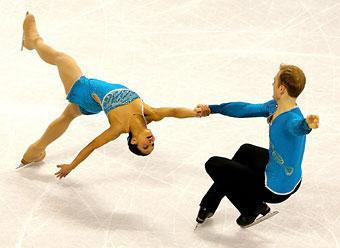 Amanda Evora and Mark Ladwig compete in the pairs free skate during the 2010 US Figure Skating Championships