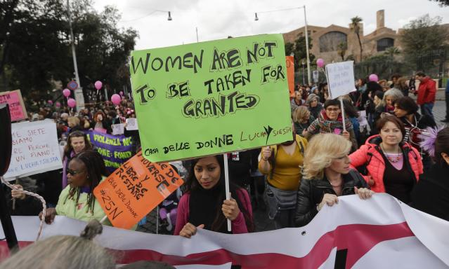 <p>Women take part in a march marking the International Day for the Elimination of Violence against Women, in Rome, Saturday, Nov. 25, 2017. (Photo: Gregorio Borgia/AP) </p>