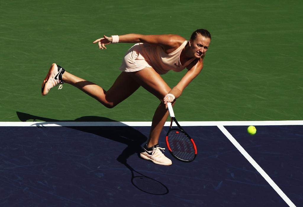 Two-time Wimbledon champion Petra Kvitova had her 14-match winning streak snapped as she lost 6-2, 6-4 to 149th-ranked Amanda Anisimova at Indian Wells (AFP Photo/ADAM PRETTY)