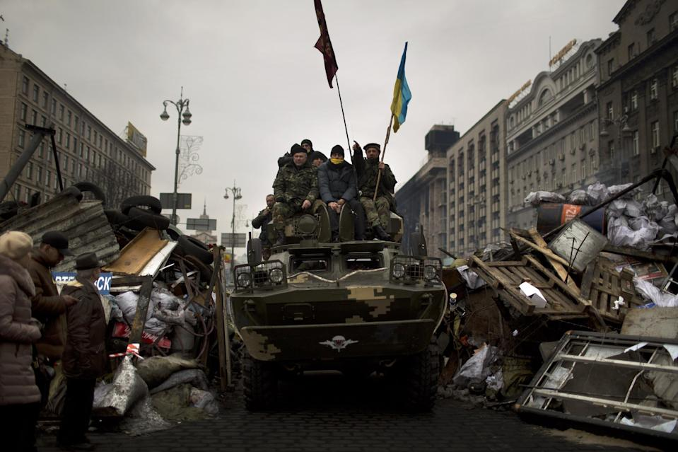 Russian moves raise stakes in Ukraine conflict