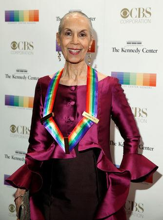 Kennedy Center Honoree dancer and choreographer Carmen de Lavallade arrives for the Kennedy Center Honors in Washington, U.S., December 3, 2017.   REUTERS/Joshua Roberts