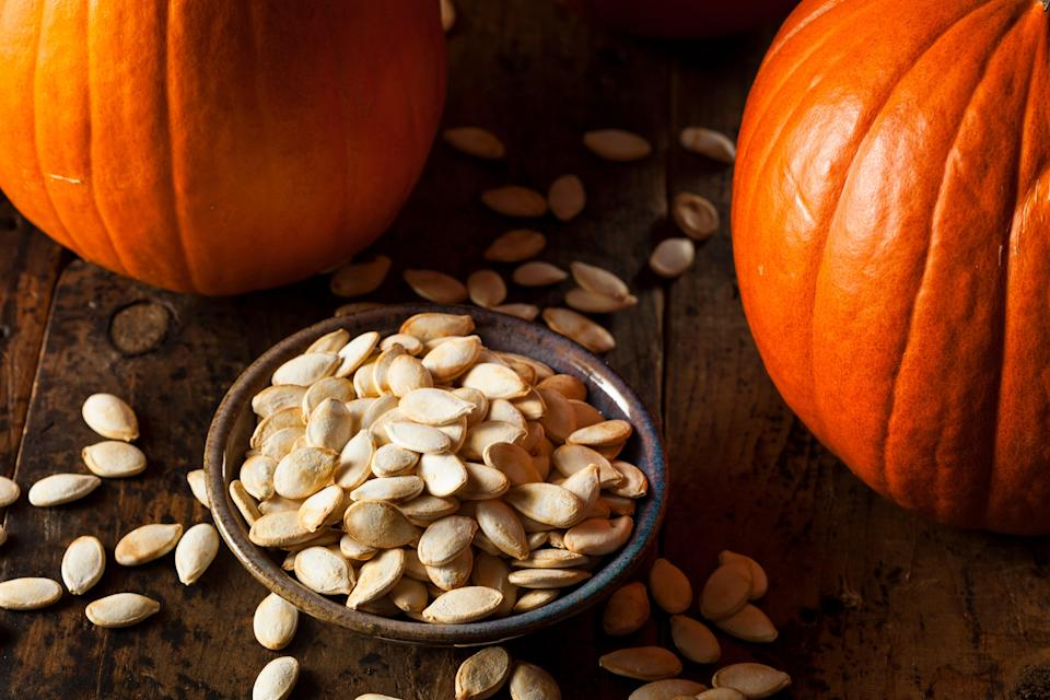 "<h1 class=""title"">Roasted Salty Pumpkin Seeds</h1><cite class=""credit"">bhofack2</cite>"