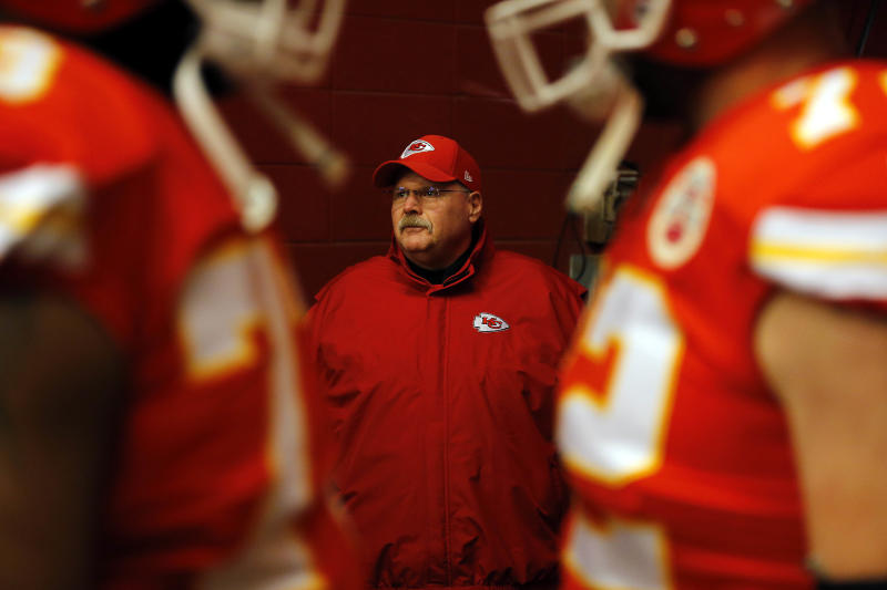 KANSAS CITY, MISSOURI - DECEMBER 13: Head coach Andy Reid of the Kansas City Chiefs leaves the tunnel before the game against the Los Angeles Chargers at the Arrowhead Stadium on December 13th. 2018 in Kansas City, Missouri. (Photo by David Eulitt / Getty Images)