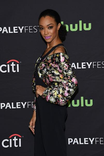 Sonequa Martin-Green attends The Walking Dead red carpet during the 34th annual PaleyFest Los Angeles at the Dolby theatre in Hollywood, on March 17, 2017