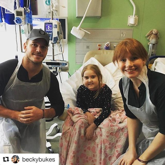 """<p>Pratt and Bryce Dallas Howard took a break from filming the <em>Jurassic World</em> sequel to surprise patients at a children's hospital. Said the actor, """"Bryce and I had the tremendous pleasure of spending some time with our new buddy Elle and a few other patients at Great Ormond Street Children's Hospital in London. I'll never fail to be moved by the unbreakable spirit of a child."""" (Photo: <a href=""""https://www.instagram.com/p/BT31FFiDWgB/"""" rel=""""nofollow noopener"""" target=""""_blank"""" data-ylk=""""slk:Chris Pratt via Instagram"""" class=""""link rapid-noclick-resp"""">Chris Pratt via Instagram</a>) </p>"""