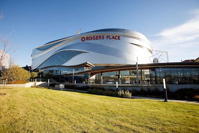 Edmonton Oilers home arena Rogers Place is reportedly the front-runner to host Stanley Cup finals. (Getty)