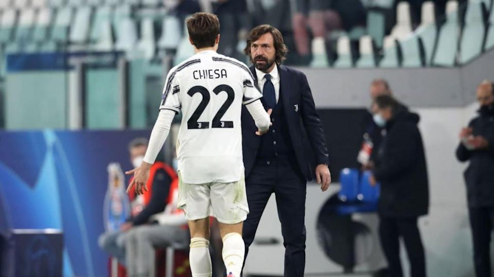 Chiesa e mister Pirlo | Jonathan Moscrop/Getty Images