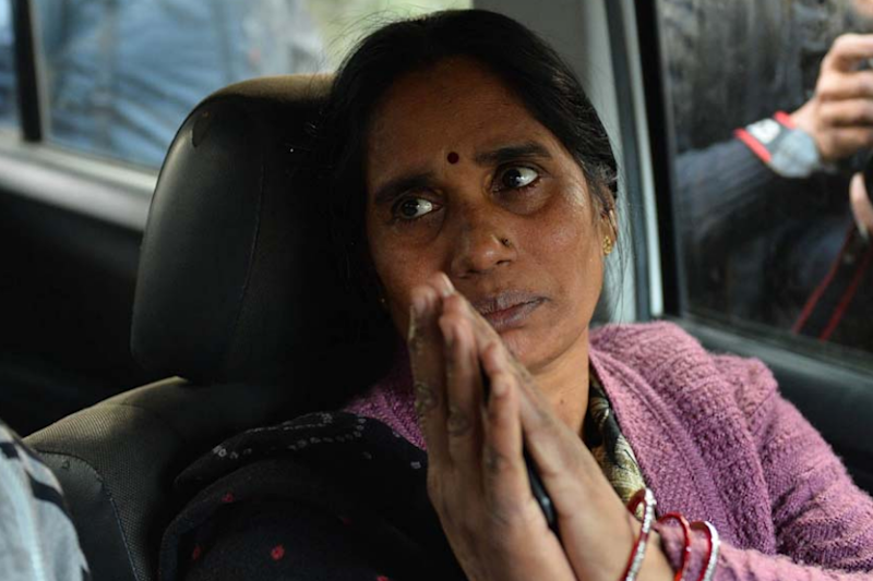 Convicts' Lawyer Told Me They Will Never Be Hanged, Says Nirbhaya's Mother as Court Postpones Execution