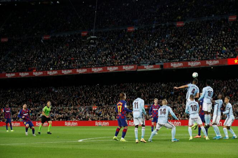 Lionel Messi Scores 2 Stunning Free Kicks in 1st Hat-trick This Season | Watch