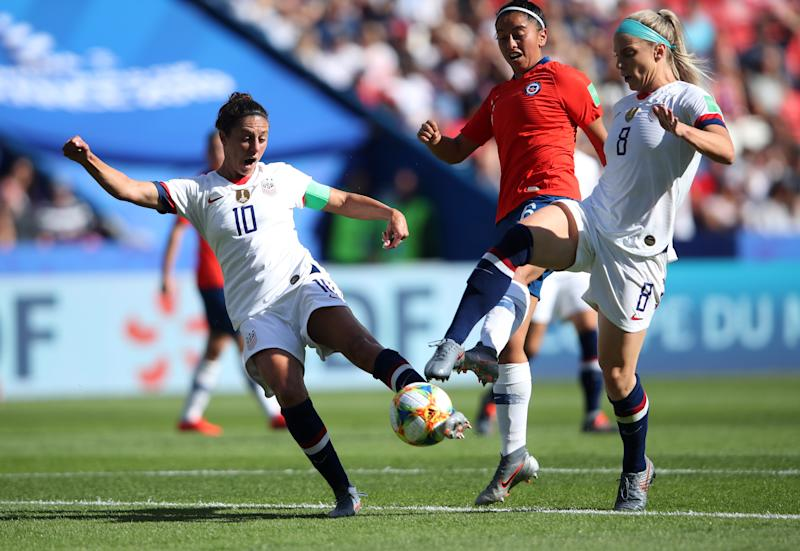 PARIS, FRANCE - JUNE 16: Carli Lloyd of the USA scores her team's first goal during the 2019 FIFA Women's World Cup France group F match between USA and Chile at Parc des Princes on June 16, 2019 in Paris, France. (Photo by Alex Grimm/Getty Images)
