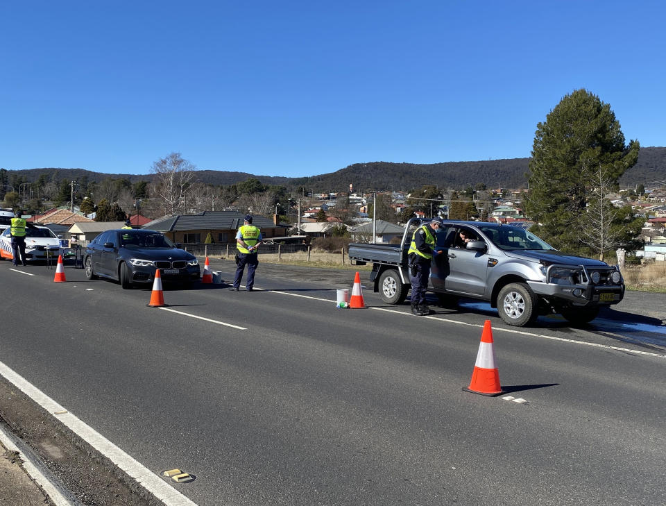 A supplied undated image obtained Friday, August 13, 2021 shows a NSW Police roadblock in Lithgow. Source: AAP