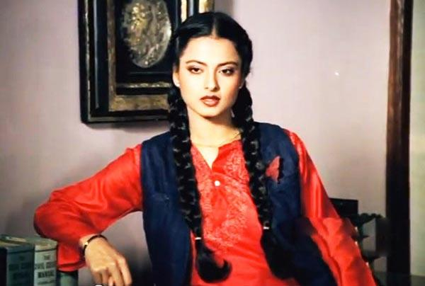 <p>Bollywood's legendary actress Rekha's biography revealed how she was kissed without her will by actor Vishwajeet on the sets of her film Anjana Safar, in 1969. Rekha was 15-years-old then and she was not told about this kissing sequence in the film. </p>