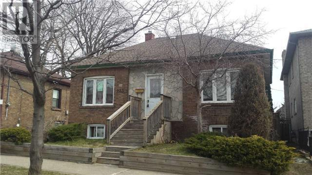 This house on Park Lawn Road in Toronto was listed for just $1. (Realtor.ca)