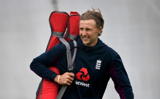 Joe Root's England endured a difficult second Test in India