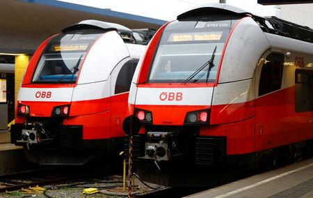 Two trains of the national rail company OeBB are seen during a warning strike in a railway station in Vienna, Austria November 26, 2018. REUTERS/Leonhard Foeger
