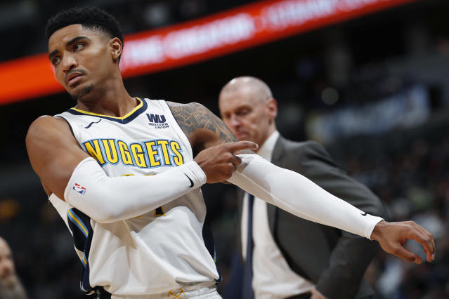 "<a class=""link rapid-noclick-resp"" href=""/nba/players/5330/"" data-ylk=""slk:Gary Harris"">Gary Harris</a> highlights this week's look at risers and fallers in fantasy hoops (AP Photo)."