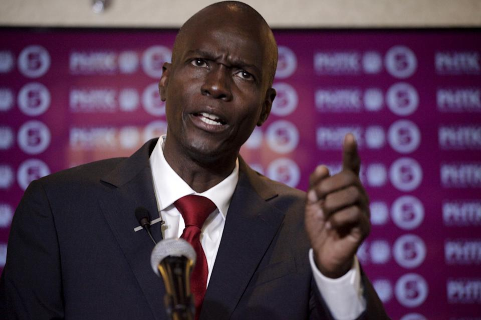 Presidential candidate Jovenel Moise speaks during a news conference in Port-au-Prince, Haiti, January 23, 2016.  Haiti called off its presidential election on Friday, two days before it was due, over concerns of escalating violence sparked by the opposition candidate's refusal to take part in a process he said was riddled with fraud. REUTERS/Andres Martinez Casares      TPX IMAGES OF THE DAY
