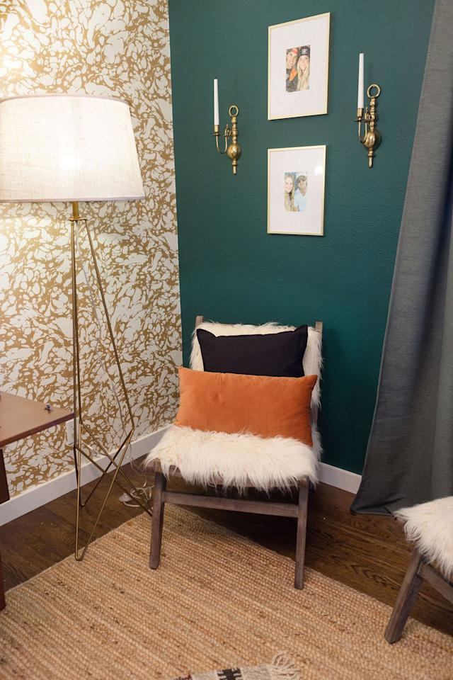 Hgtv 39 s jasmine roth on how to decorate with night watch - Night watch paint color ...